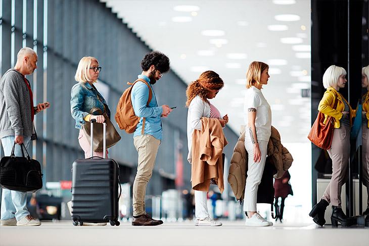 Quais são os direitos do passageiro em caso de atraso ou cancelamento de voo?