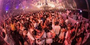 Festa de Réveillon em Praia do Rosa – SC